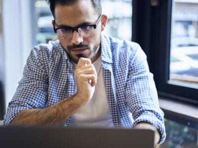 Özel Yazılım Nedir? İşletmelere Faydaları ve Olası Riskler